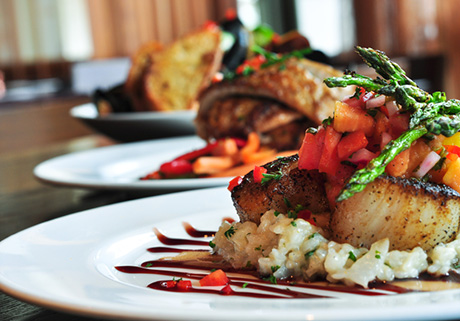 lifestyle_dining_loulous