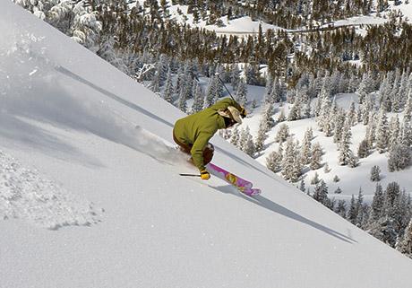 lifestyle_outdoor_ski